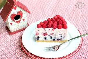 Cheesecake cu zmeura si afine